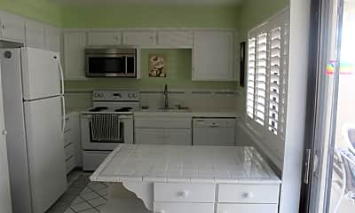 Kitchen, 6071 Arroyo Rd, 1