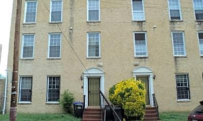 Building, 1622 H St SE, 0