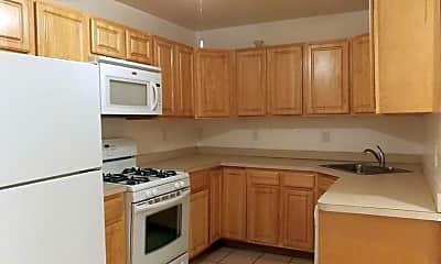 Kitchen, 3038 St Paul St, 0