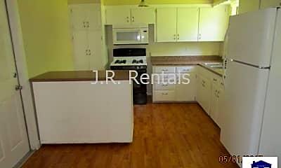 Kitchen, 707 S 5th St, 2