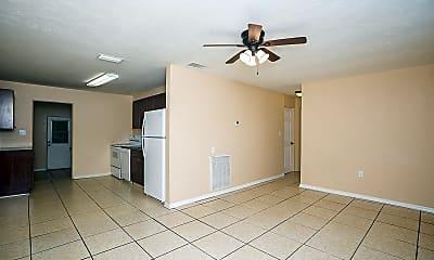 Living Room, 1444 Montrose Ave, 1