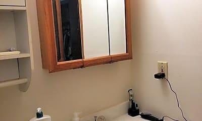 Bathroom, 2035 9th St, 2