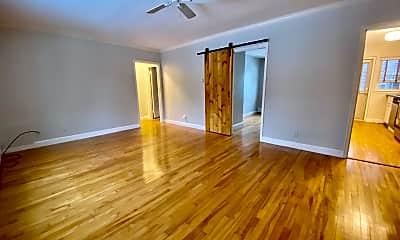 Living Room, 82 Boylston St, 1
