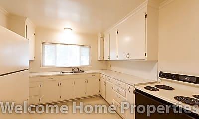 Kitchen, 36 NE Ash Ave, Unit A, 2