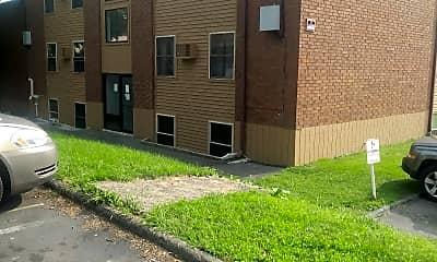 James Park East Apartments, 2