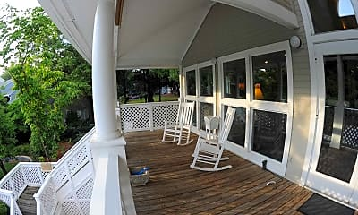 Patio / Deck, Heatherwood Trace, 1