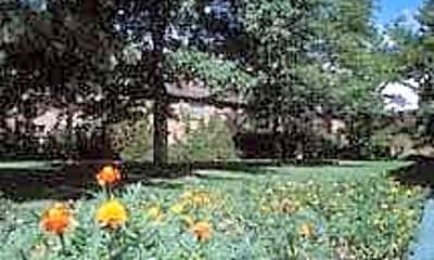 Garden Center Apartments, 1