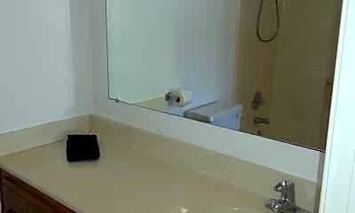 Bathroom, 207 Elkwood Ave, 1