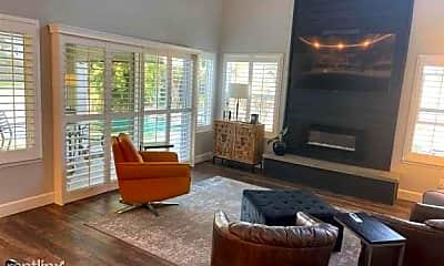 Living Room, 8000 Kroll Way, 2