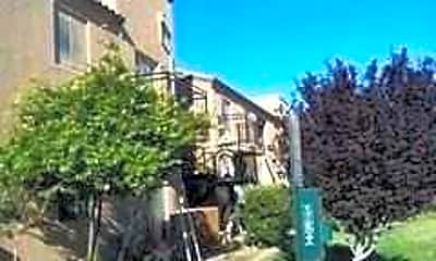 Cota Apartments, 1