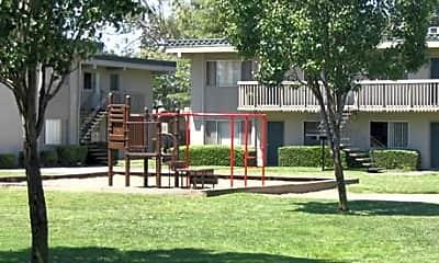 Sunset Park, 2