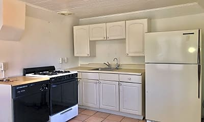 Kitchen, 423 E 32nd St, 1