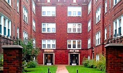 Building, 4014 W Melrose St, 1
