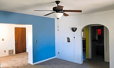 Bedroom, 204 W Hugus St, 1