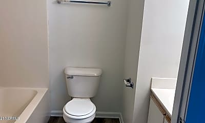 Bathroom, 101 Croatan Ct, 2