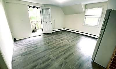 Living Room, 47 Mill St, 2