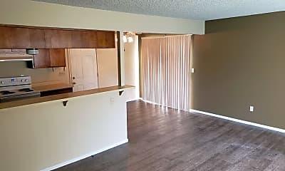 Kitchen, 602 Parsons Dr, 1