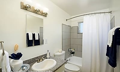 Bathroom, 15719 Eucalyptus Ave, 0