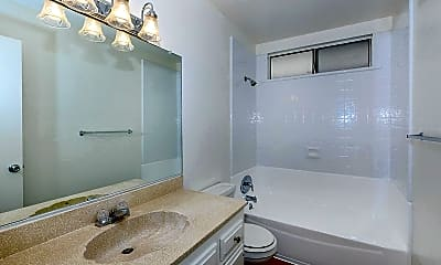 Bathroom, Singing Tree Apartment Homes, 2