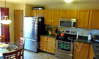 Kitchen, 3180 Retriever Rd, 1