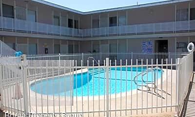 Pool, 560 E 64th St, 2