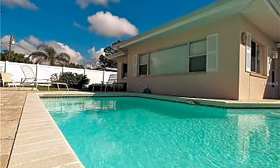 Pool, 1718 Manchester Dr, 2