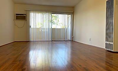 Living Room, 1521 E Windsor Rd, 0