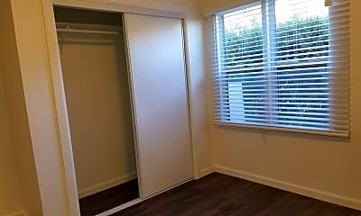 Bedroom, 6016 Eleanor Ave, 2