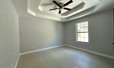 Bedroom, 204 S Ridge Ln, 2