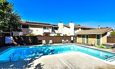 Pool, 2545 Vallejo St, 2