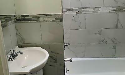 Bathroom, 3311 W Garrison Ave, 0