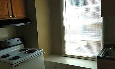Kitchen, 1016 Oak St, 1