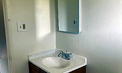 Bathroom, 29163 Dixon Street, 2