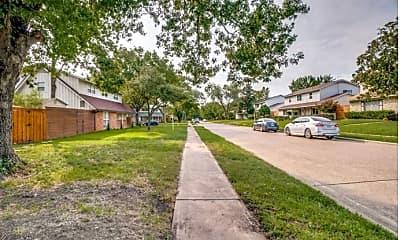 Building, 11227 Drummond Dr, 2