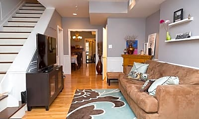 Living Room, 920 S 16th St, 1