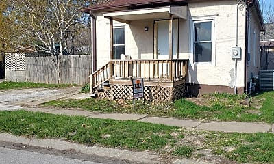 Building, 310 N 8th St, 1
