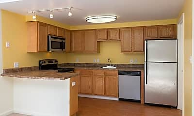 Kitchen, Fox Brook Townhomes, 1