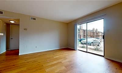 Living Room, 904 University Oaks Blvd 31, 1