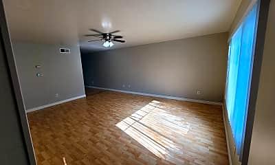 Living Room, 3840 Dove St, 1