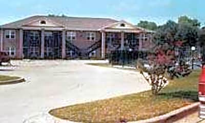 Oak Parc Apartments, 1