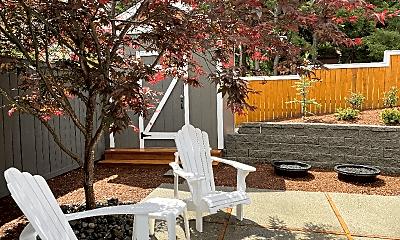 Patio / Deck, 832 Phoenix St NE, 0