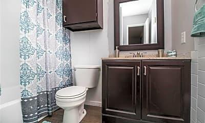 Bathroom, 3215 35th St 1J, 2