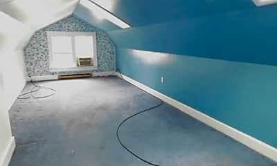 Living Room, 110 E Bennett St, 2