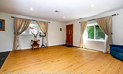Living Room, 993-1/2 Siskiyou Blvd, 0