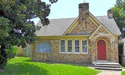 Building, 3322 Wichita St, 1
