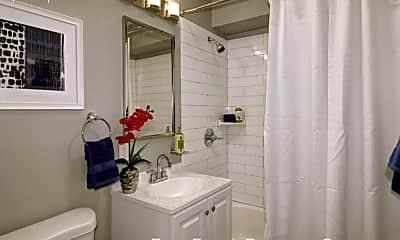 Bathroom, 324 E Magnolia St, 0