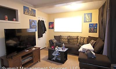 Living Room, 27 MS-334, 1