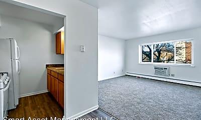 Living Room, 2809 W Highland Blvd, 0