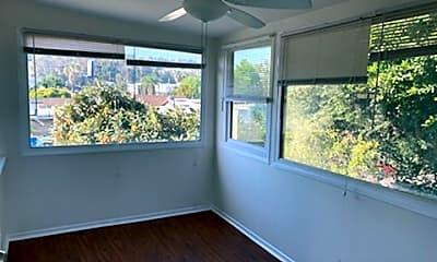 Patio / Deck, 1530 N Avenue 45, 1