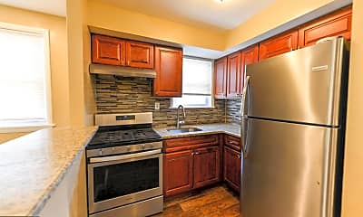 Kitchen, 449 N 39th St B, 1